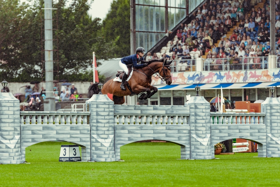 LONGINES FEI Jumping Nations Cup™ of Ireland - Dublin Horse Show  Emily MOFFITT (GBR) riding WINNING GOOD to victory