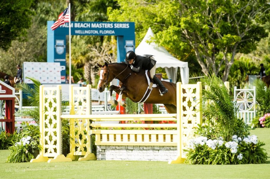 Christel Weller's Enchanted and Kelley Farmer won the $2,500 USHJA International Welcome Stake Friday, March 1 at the 2019 Deeridge Derby.