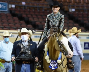 Indy Roper Wins Level 4 Non Pro Championship on Spooks Show Time at NRHA Derby Presented by Markel
