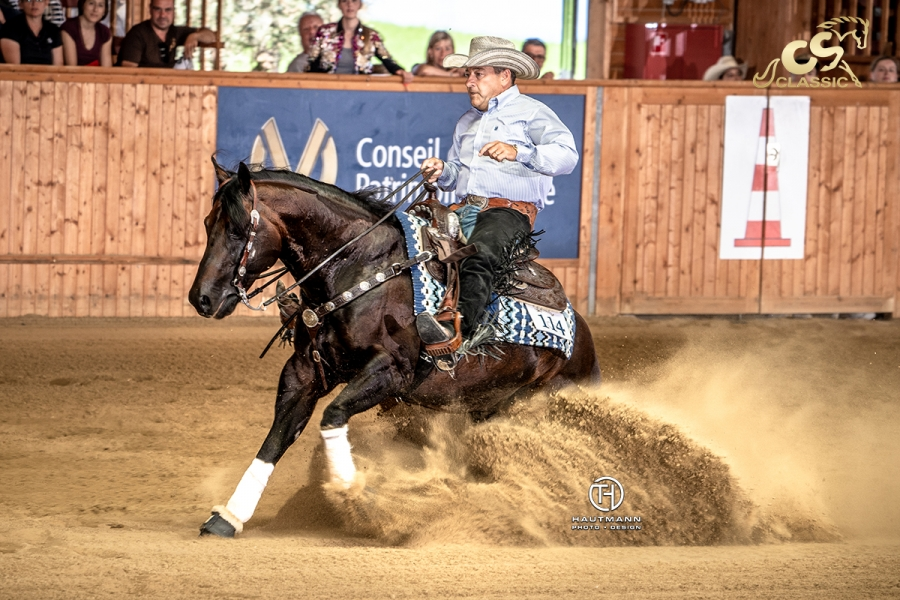 Piet Metsdagh and Reining Whiz, 2019 NRHA Non Pro World Champions