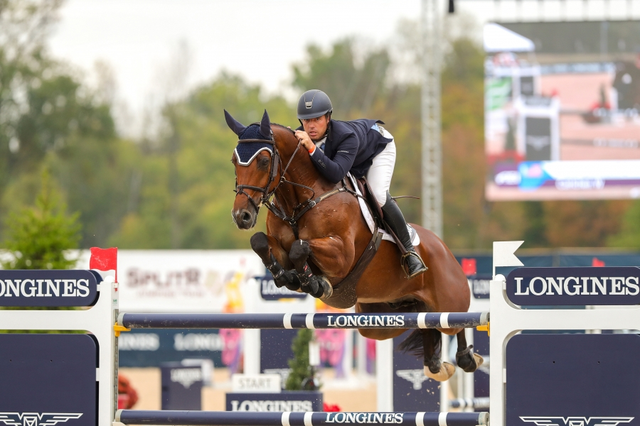 Alex Granato (USA) riding Carlchen W at the Longines FEI Jumping World Cup™ 2019-2020 North American League | Columbus - Johnstown, OH (USA)
