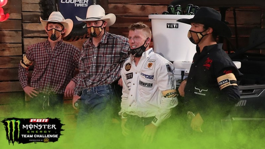 Team Ariat Keeps Rolling, Playoff Race Tightens in Division B at PBR's Monster Energy Team Challenge