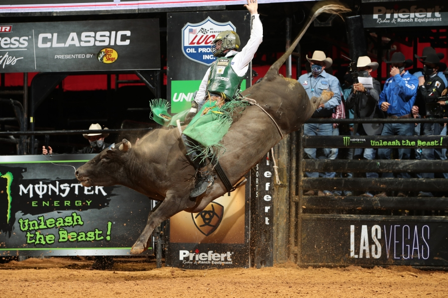 PBR World Champion Cooper Davis Remains Red Hot in Tulsa Splitting Round 1 Unleash The Beast Victory with Young Gun Ezekiel Mitchell